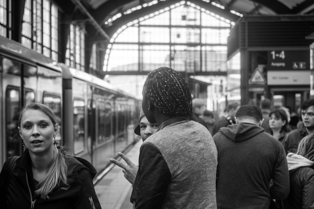 Bahnhofs-Begegnung