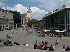 Bahnhofsplatz am Dom in Köln