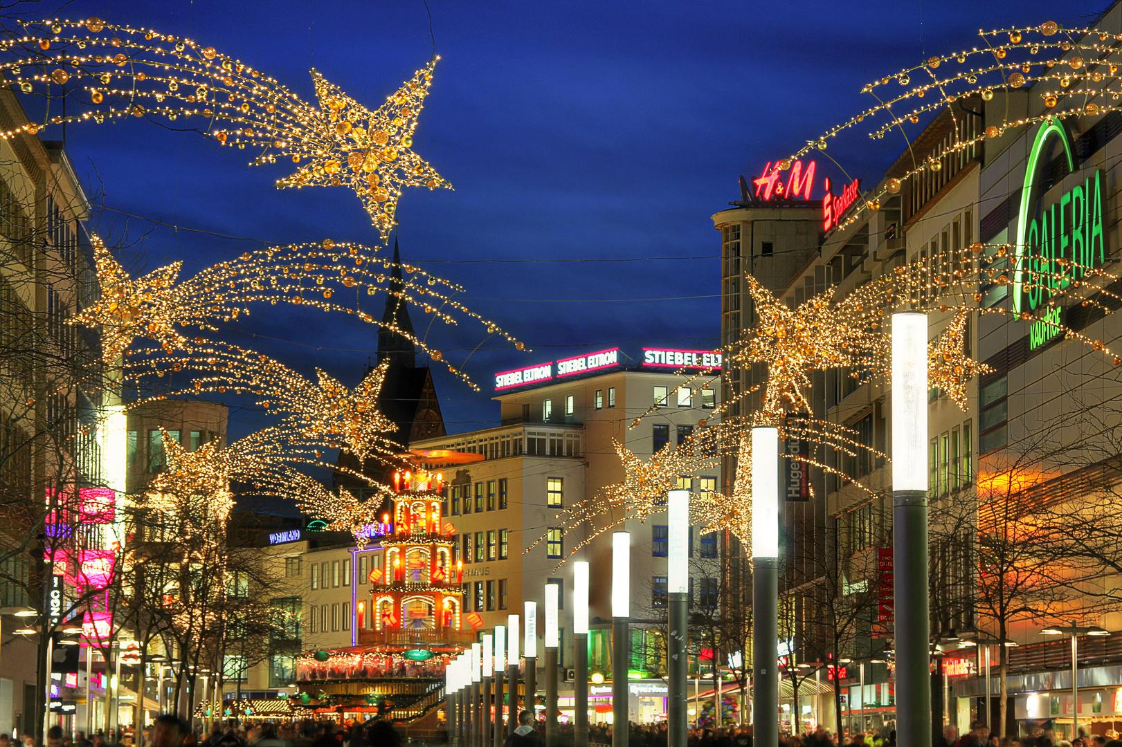 Bahnhofstraße im Dezember