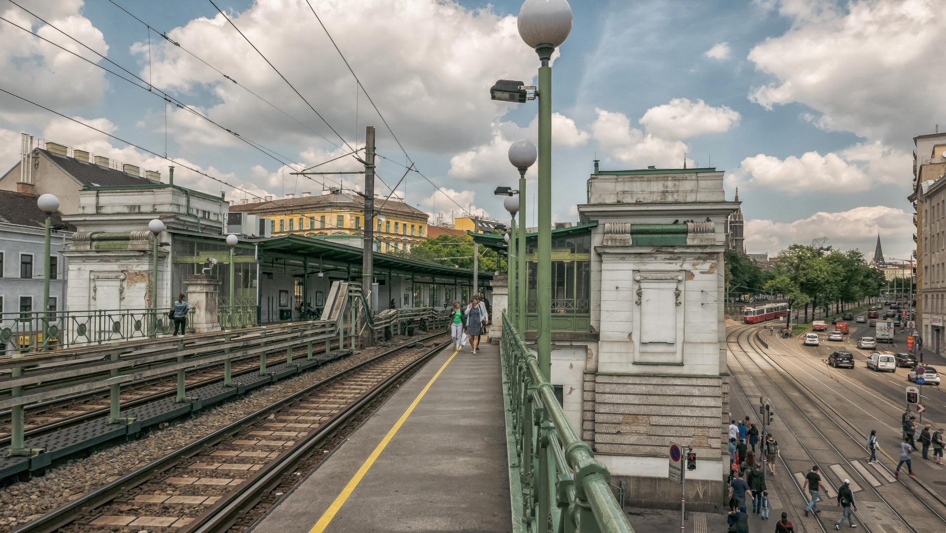 Bahnstation des Volkes (68)