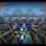Bahnsteig 4   Liège-Guillemins ...