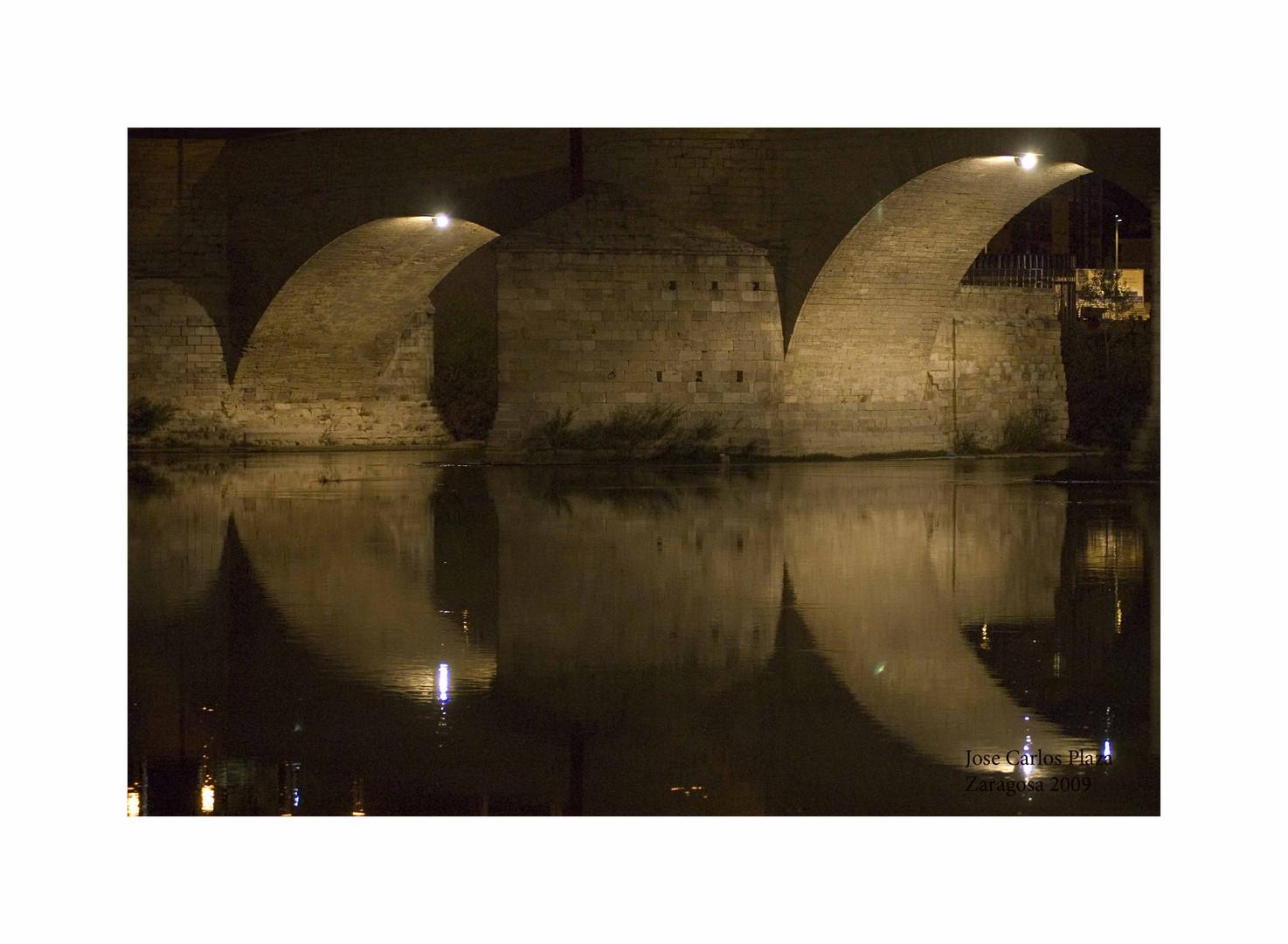 Bajo los puentes del Ebro