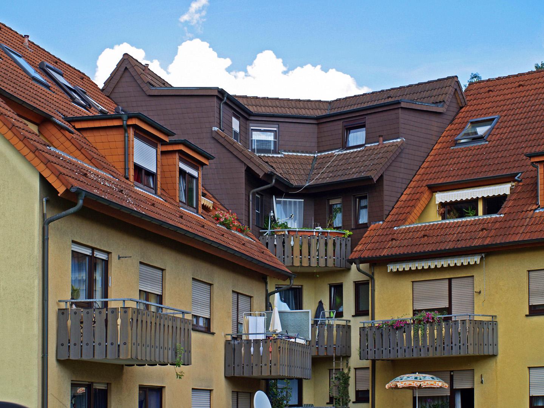 Balcons et mansardes  --  Sinsheim  --  Balkons und Mansarden