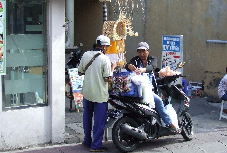 Bali - Street - Moments-5