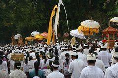 Balinesische Prozession