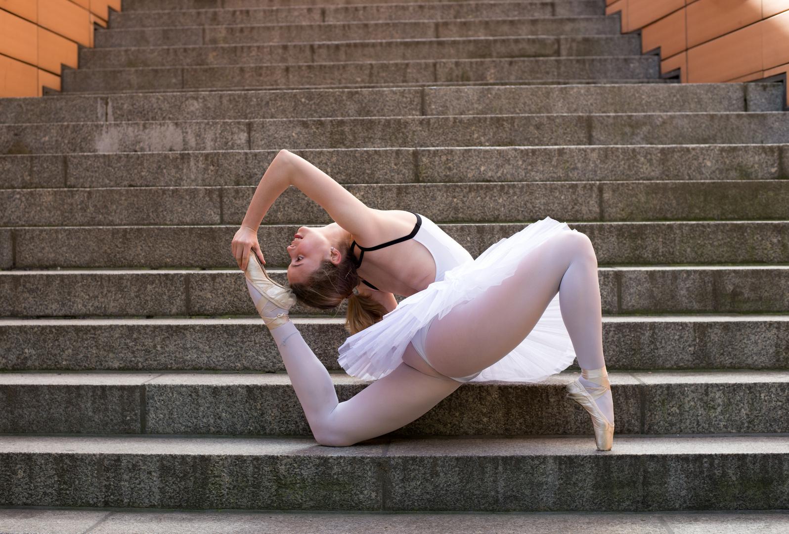 Ballerina @carlaschirin  (Berlin 2020)