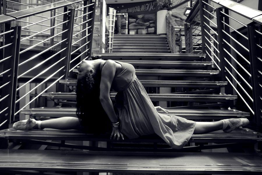 Ballerina in S/W