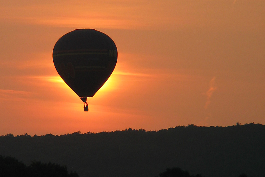 Ballon bei Sonnenuntergang