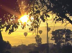 Ballon fahren im Sonnenuntergang