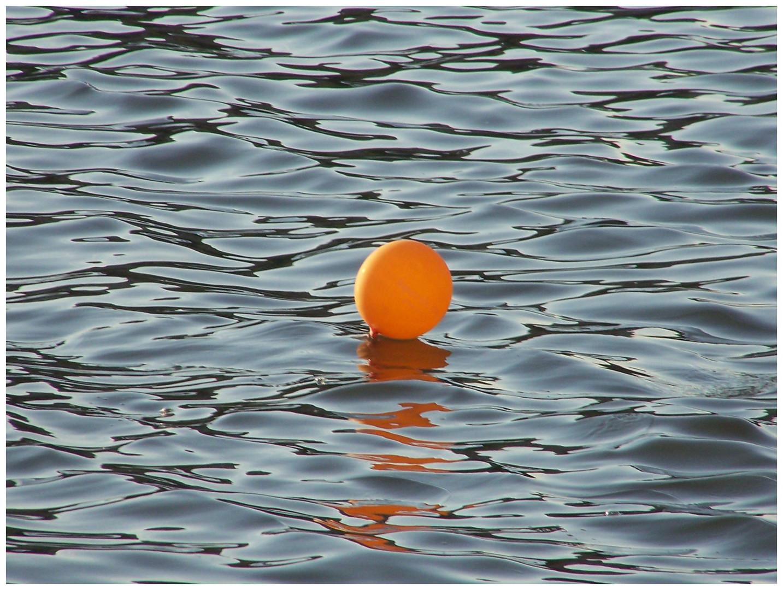Ballon im Main