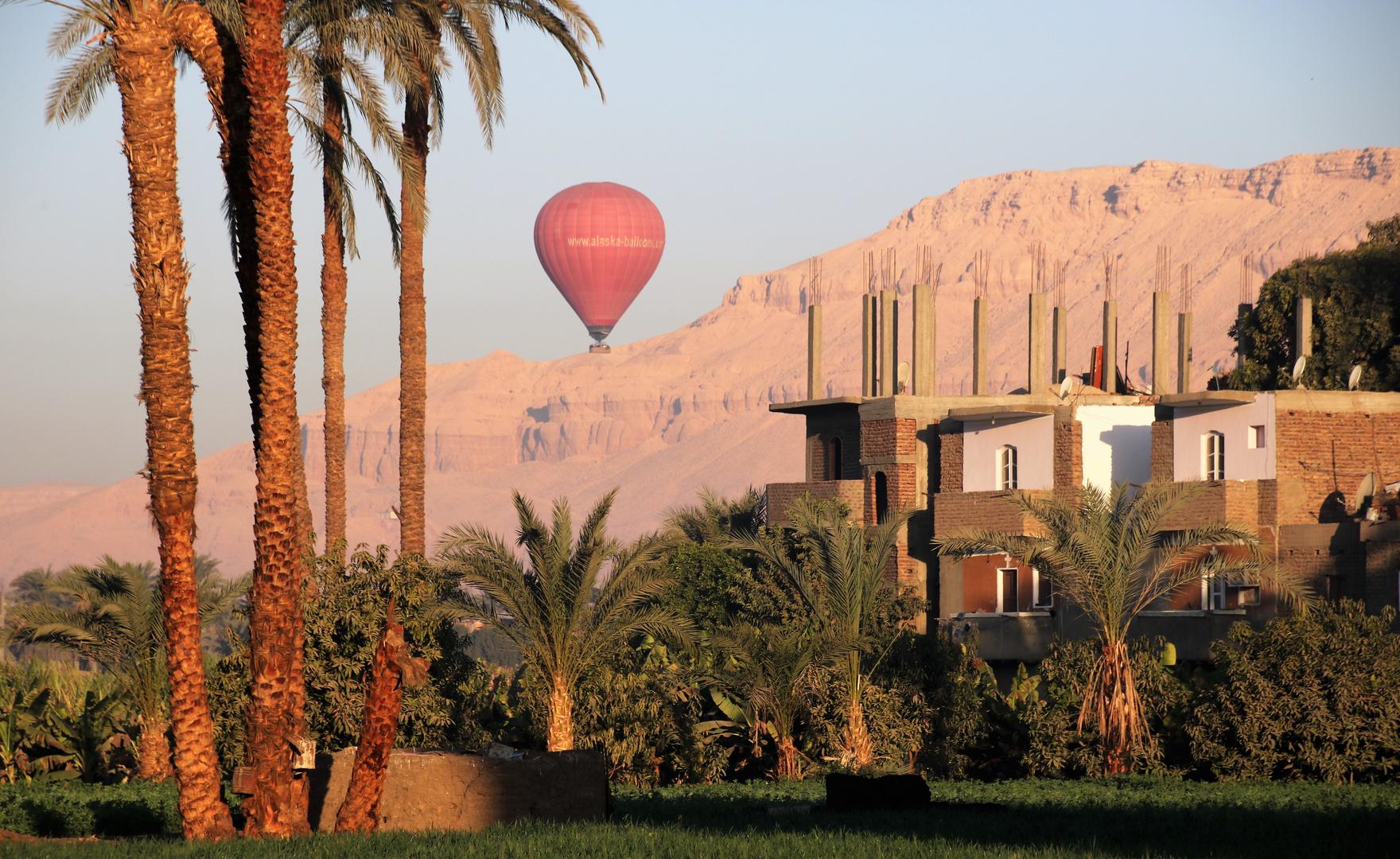 Ballon Luxor egypt