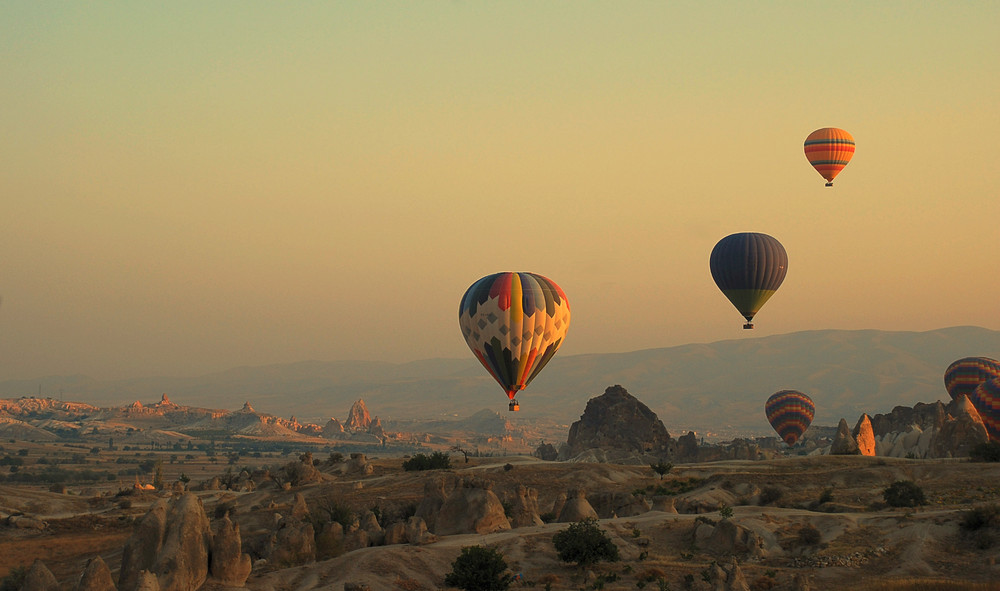 Ballonfahrt in Kappadokien # En globo por Capadocia