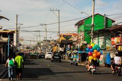 Ballons auf der Straße