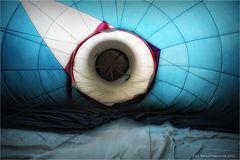 """Ballonstart ... zum Ballonglühen """"Nacht der Ballone"""" in Moers 2012"""