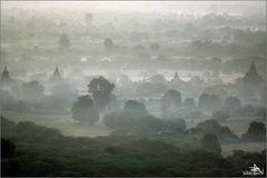 """Balloons over Bagan"" (04)"