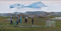 ballspiel - nach mitternacht und vor driftenden eisbergen