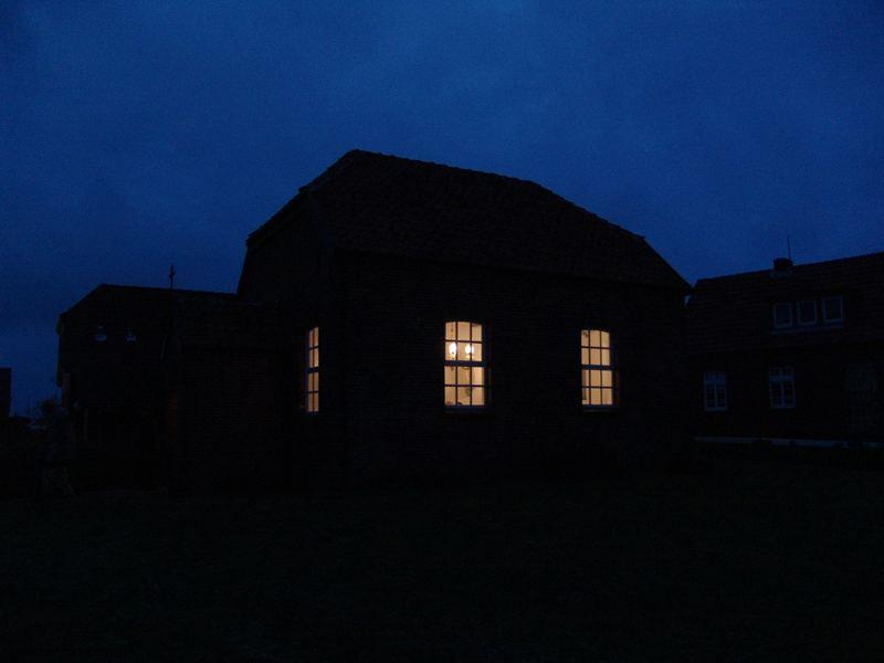 baltrum 7 - die inselkirche bei nacht