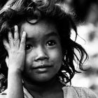BAMBINA / A CHILD / UNE PETITE FILLE