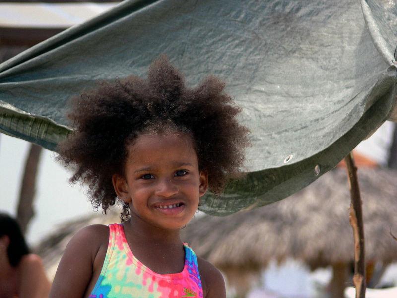 bambina cubana... playa di santa maria