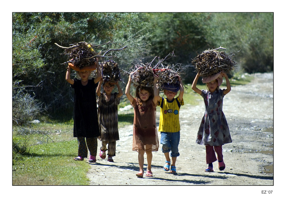 Bambini Tagiki