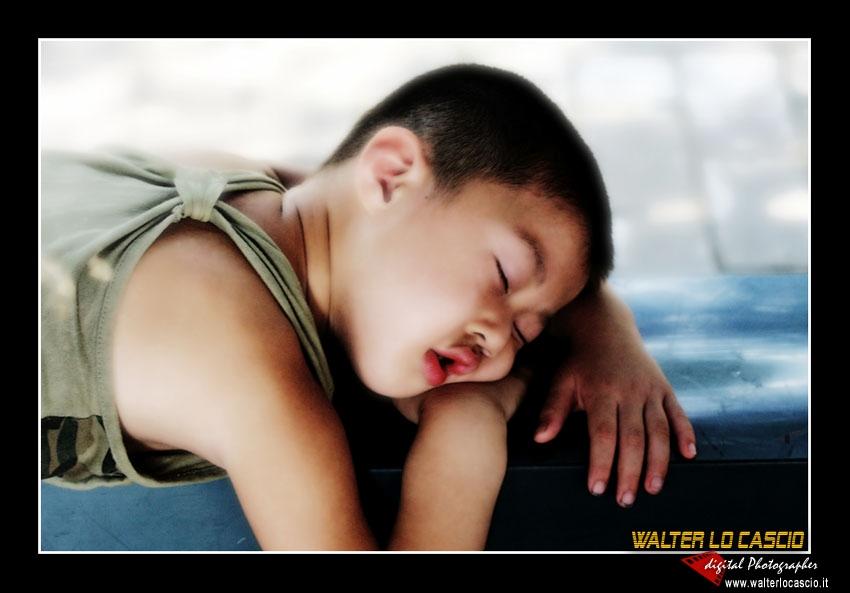 Bambino a pechino che dorme