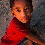 Bambino al tramonto
