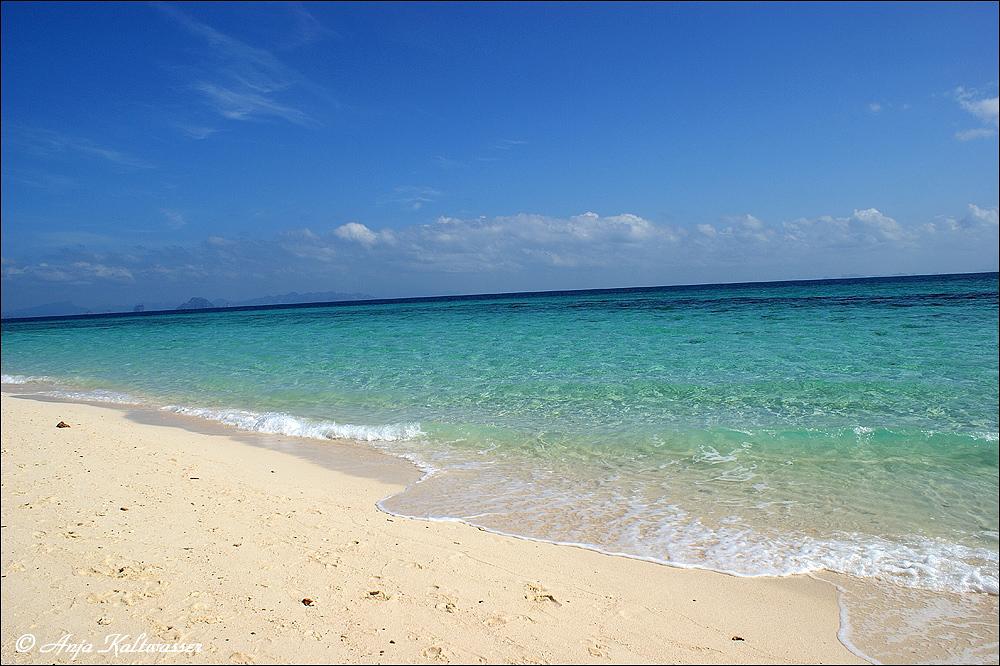 - Bamboo Island -