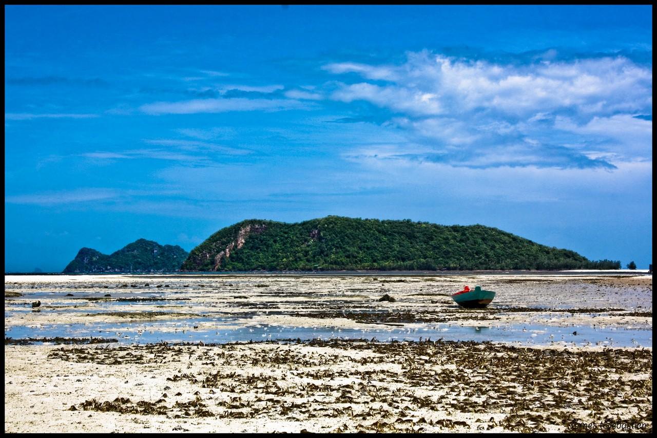Ban thai sea view