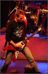 Band Adrian 12