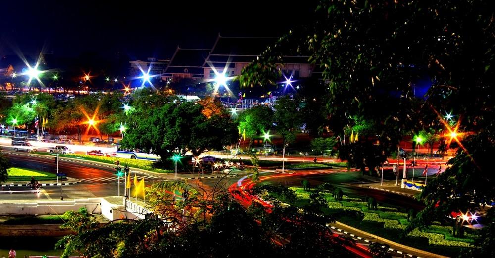 Bangkok Crossing 03AM