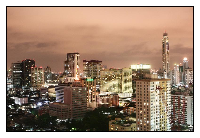 Bangkok; Dachterrasse siam@siam, Blickrichtung Baiyoke Sky Tower