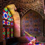 Baño de color en la mezquita