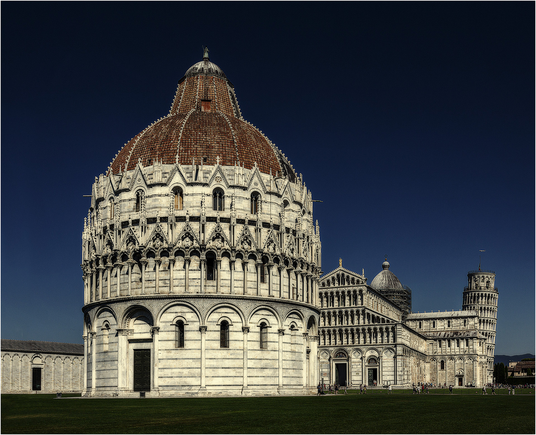 ... Baptisterium  Pisa ...