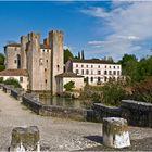 Barbaste : le moulin fortifié et le pont roman sur la Gélise  --  Lot-et-Garonne