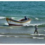 Barca da pesca    Costa de Caparica    Portogallo