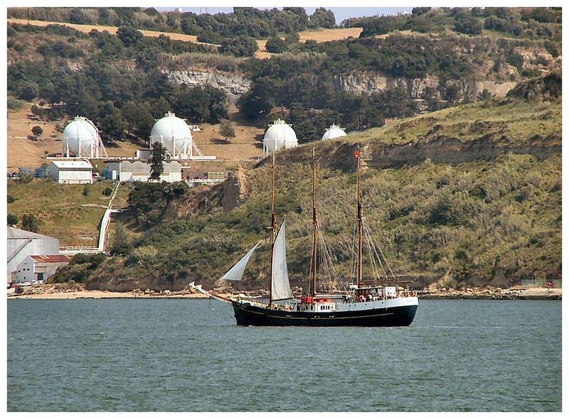 Barca storica per turisti.