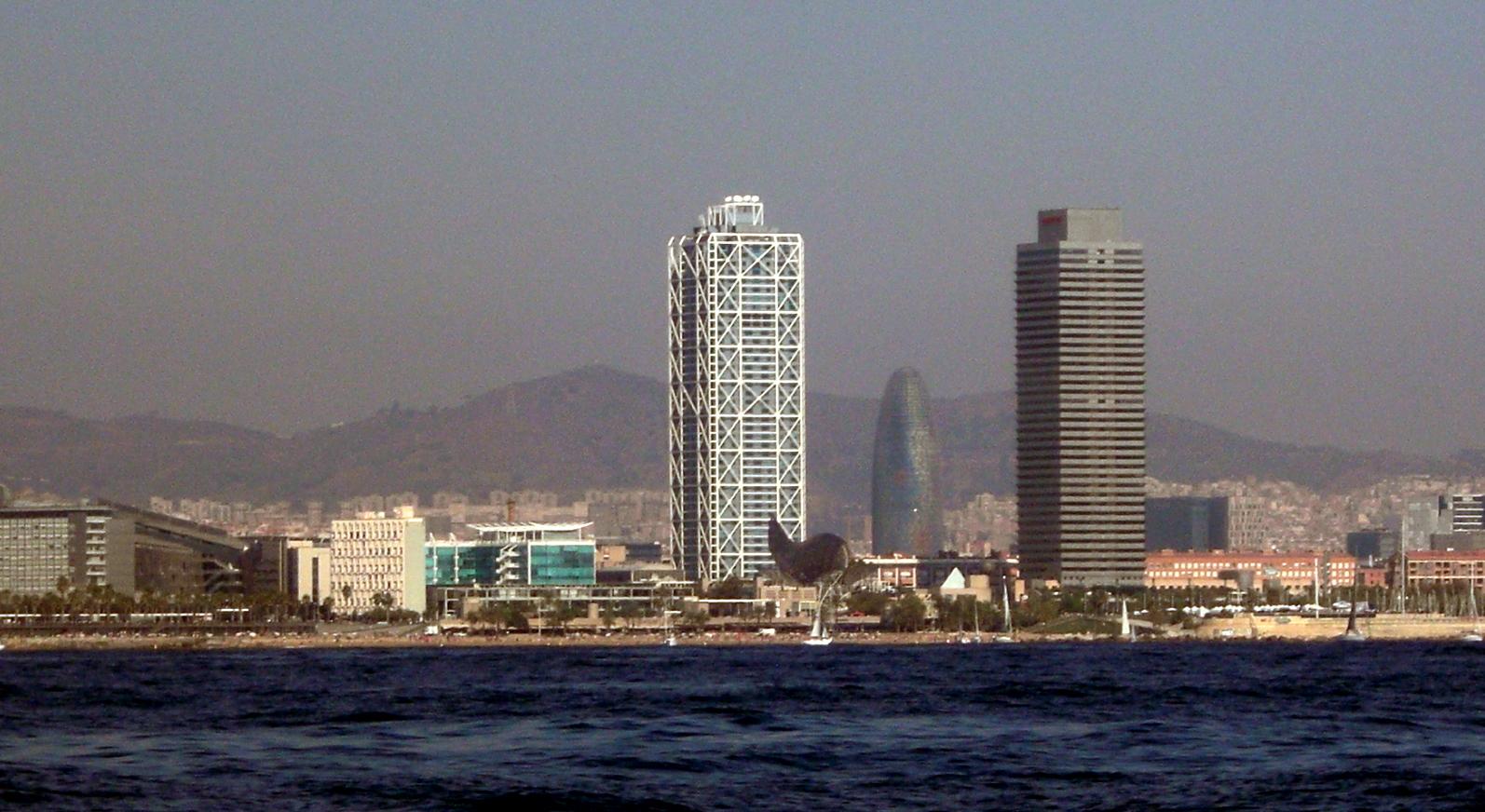 BARCELONA DESDE EL MAR Imagen & Foto   ciudades, fotocarm, motivos ...