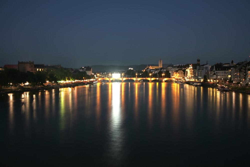 Basel bei Nacht an der Euro '08