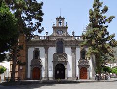 Basilica de Nuestra Senora del Pino