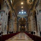 Basilica di San Pietro: la navata centrale