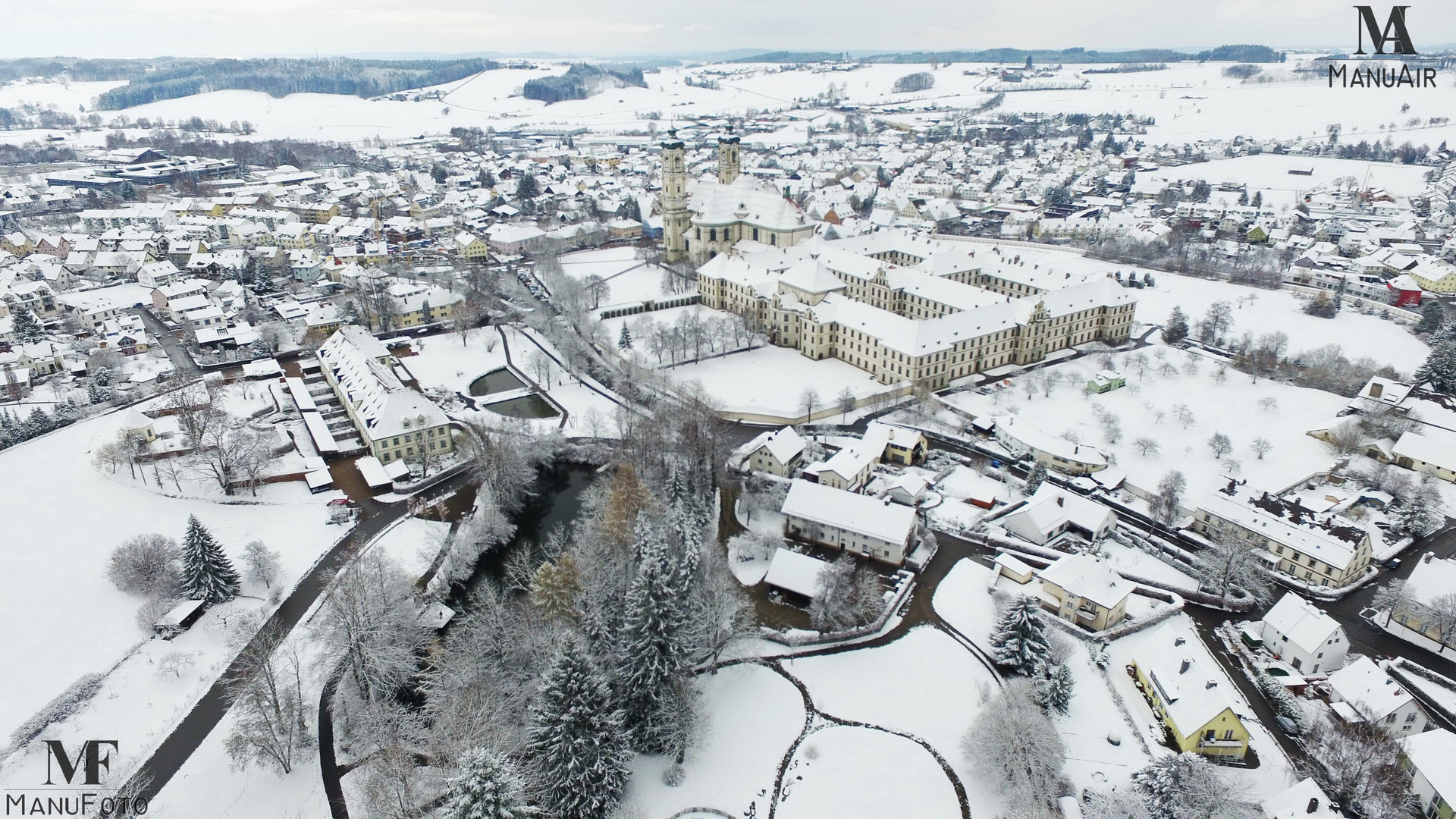 Basilika Ottobeuren unter dem ersten Schnee 2015