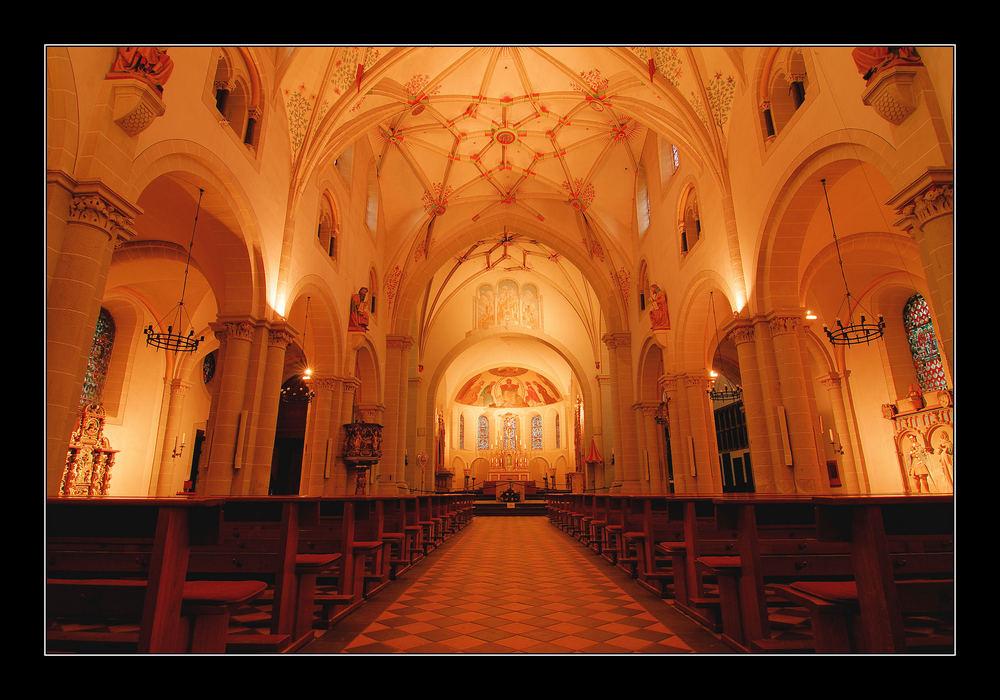 Basilika St.Kastor-Innenansicht