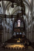Basler Münster Innenraum im Licht