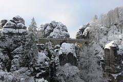Bastei gepudert mit Schnee
