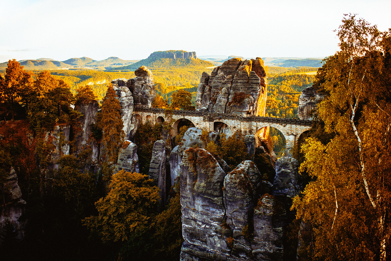 Basteibrücke im Herbst