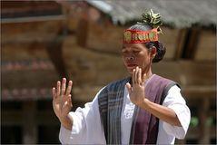batak dancer 03