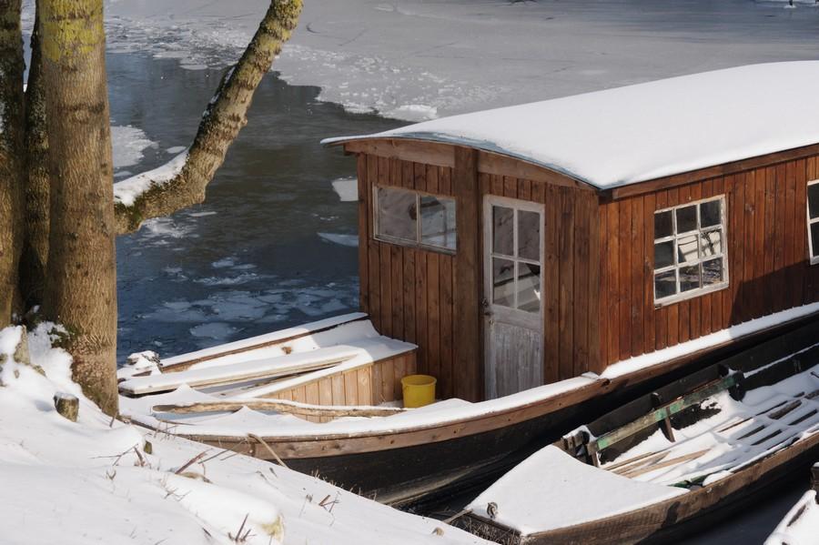 bateau de Loire sous la neige