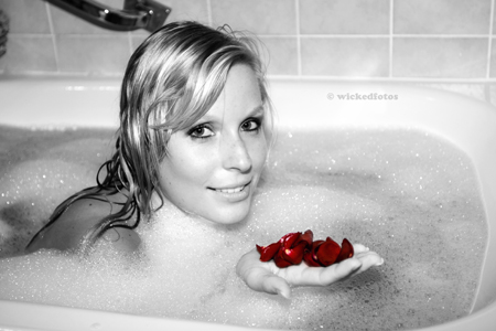 bath with roses...
