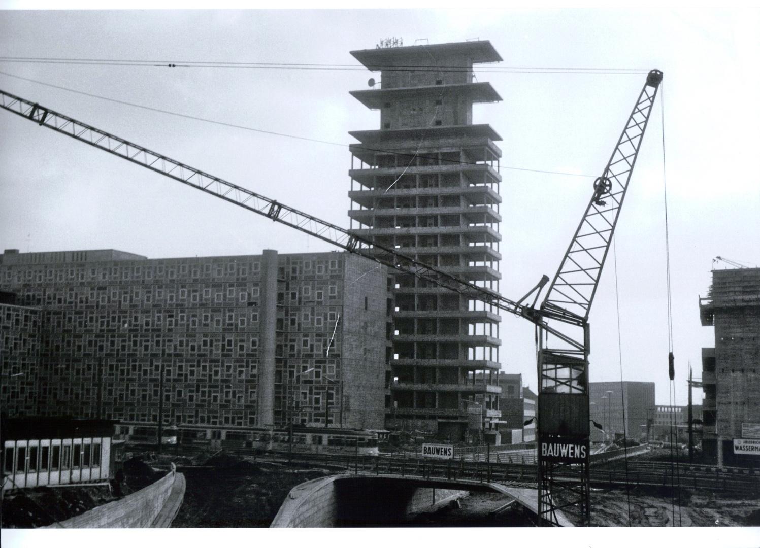 Bau des FERNMELDEAMT in Köln