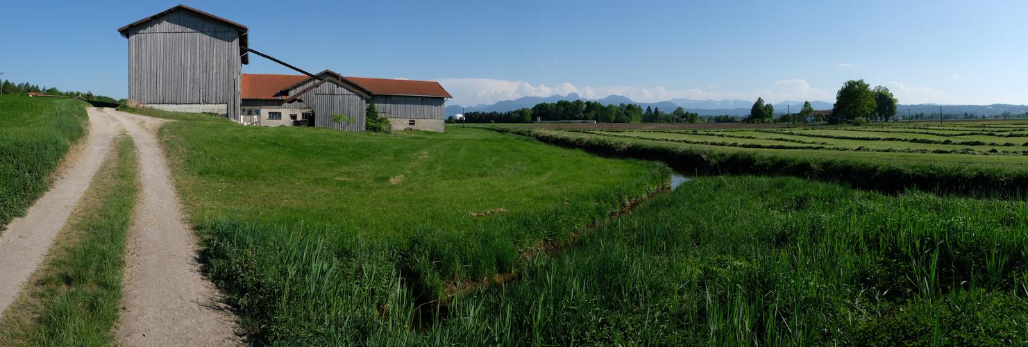 Bauern-Hof+Landschaft